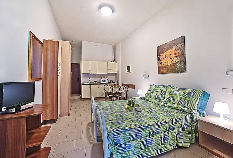 Einzimmerwohnung 2-3 Personen Partaccia - Residence Lilly Mare ...